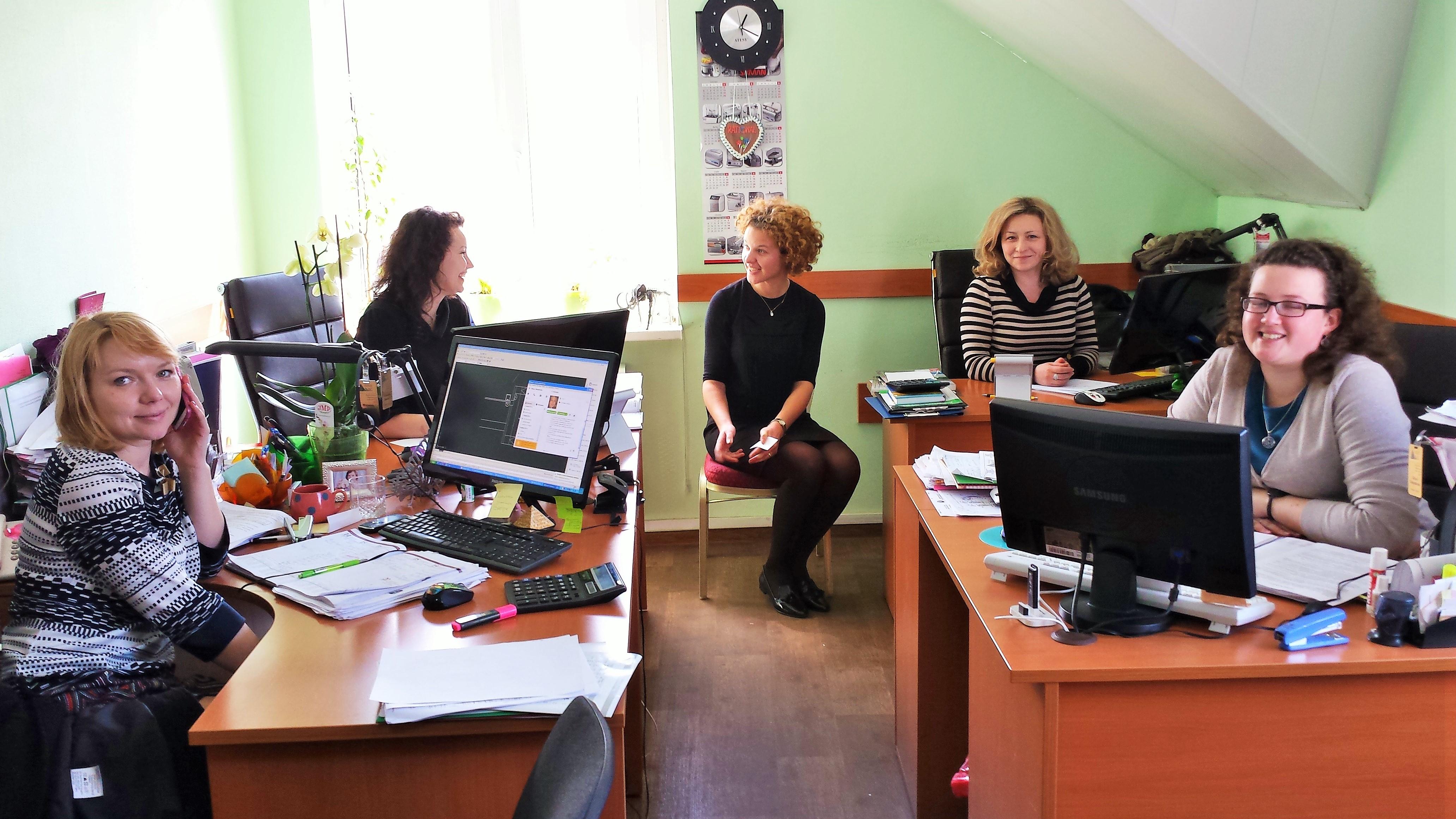2014-Minsk (Biélorussie) L'équipe commerciale en formation