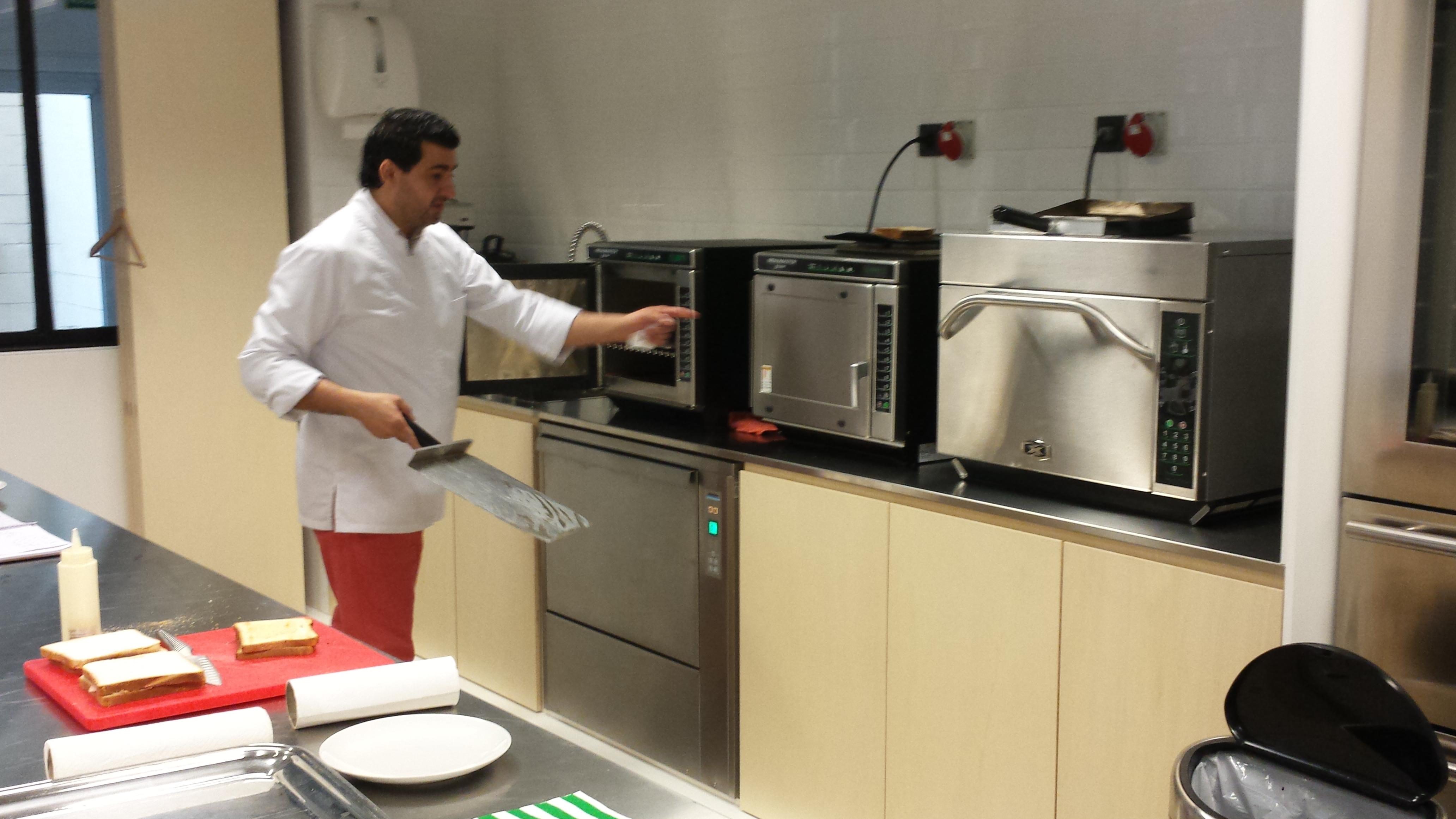 2014-Vilvoorde (Belgique) Nouvelle cuisine de test et de démo.