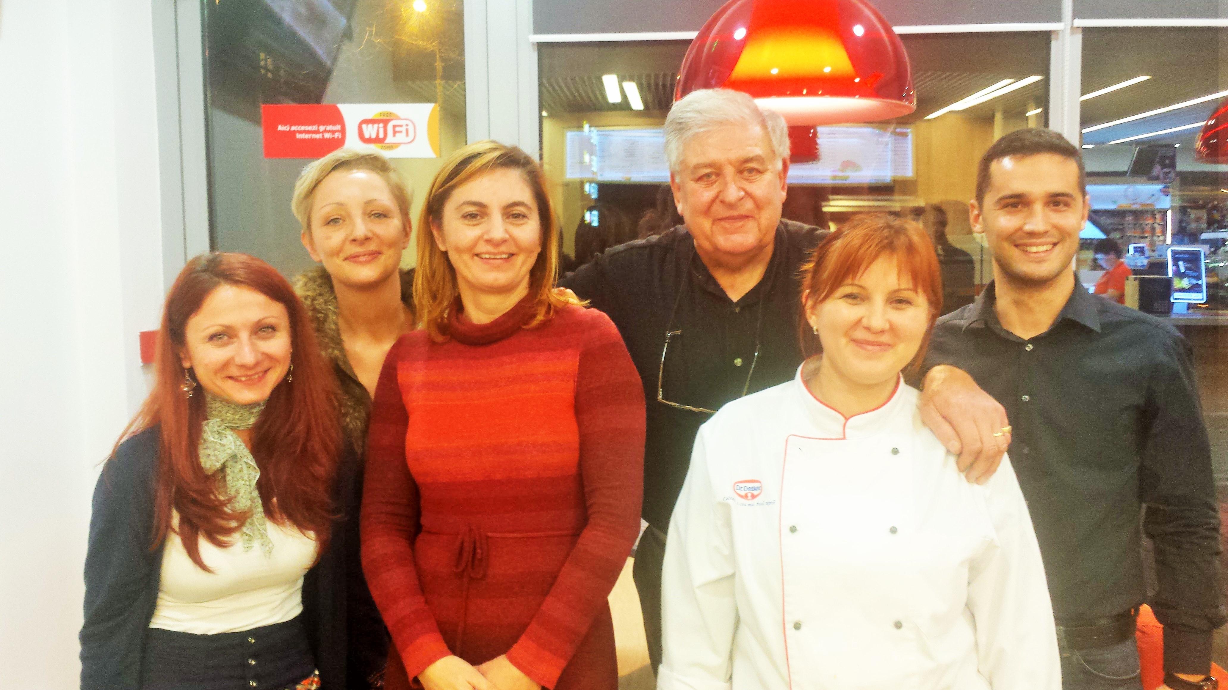 2015-Bucharest (Roumanie) L'équipe des restaurants Rompetrol
